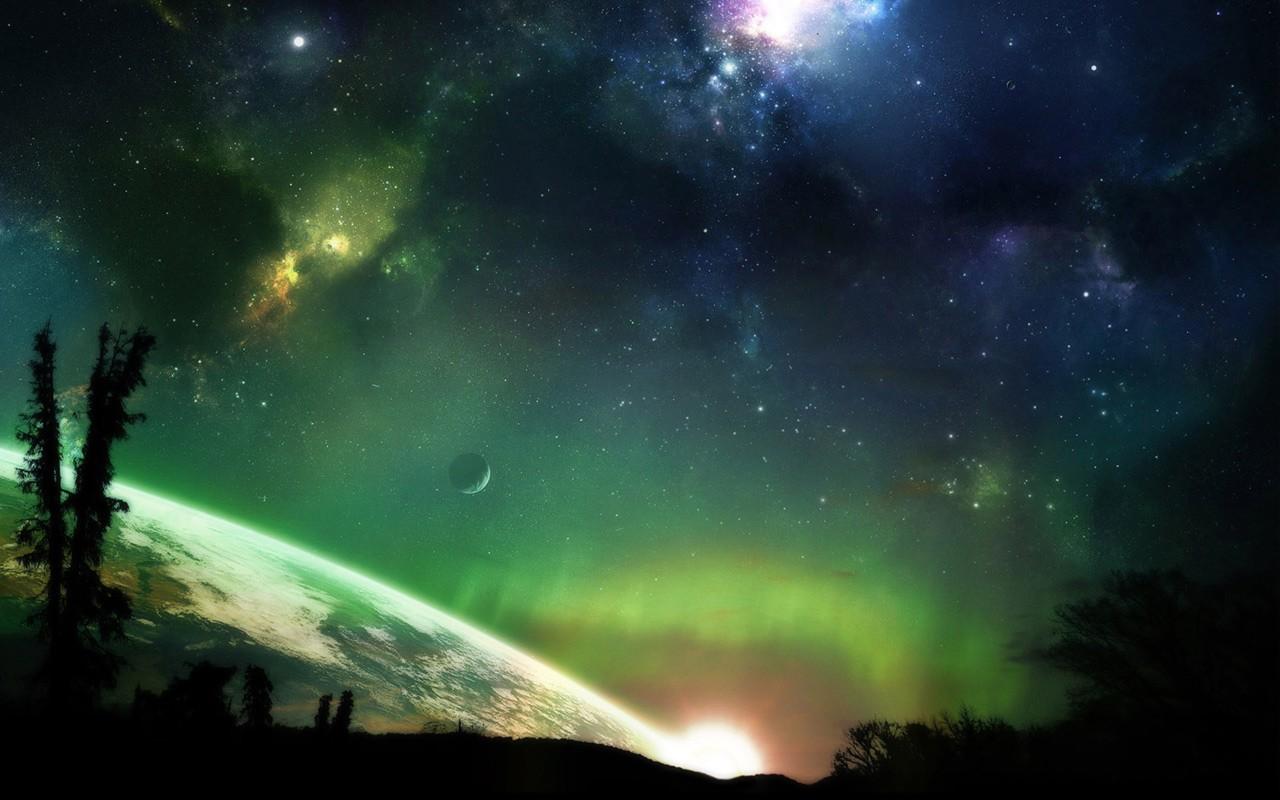 Colored Cosmos 2713