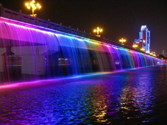 Rainbow-Fountain10-640x480