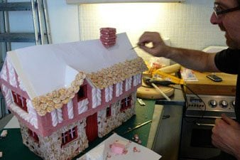 candy-cottage-2