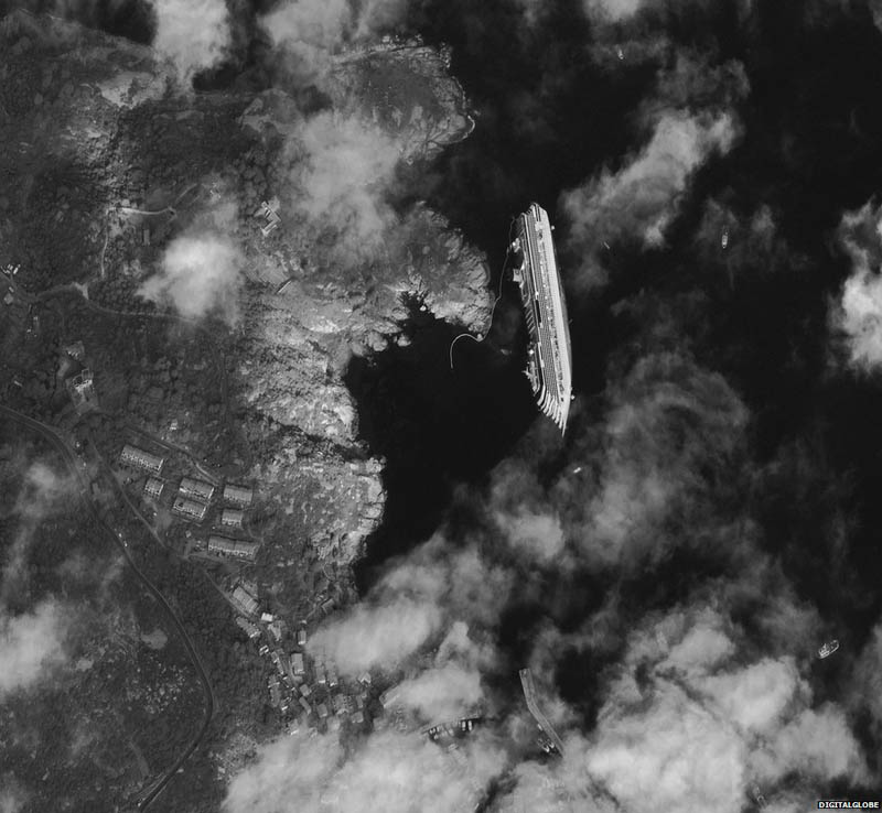capsized-cruise-ship-costa-concordia-from-space