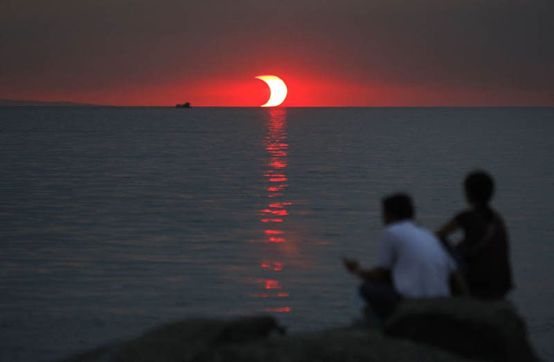 partial-solar-eclipse-at-sunset