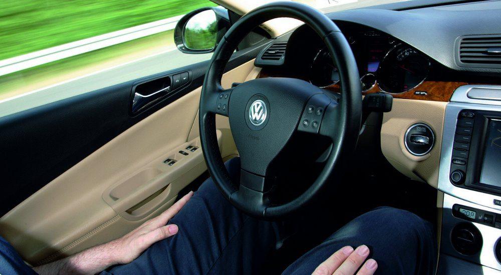 autos-con-auto-con-piloto-automatico