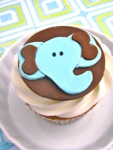 Este elefante.