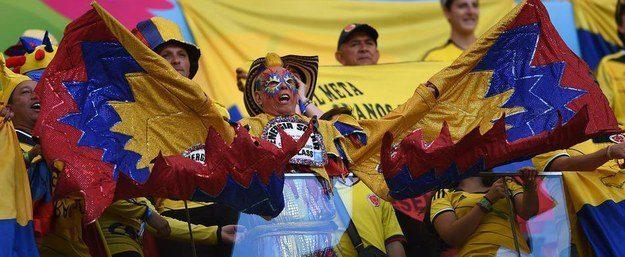 8° lugar: este colombiano com outra fantasia trabalhosa, mas toda colorida.