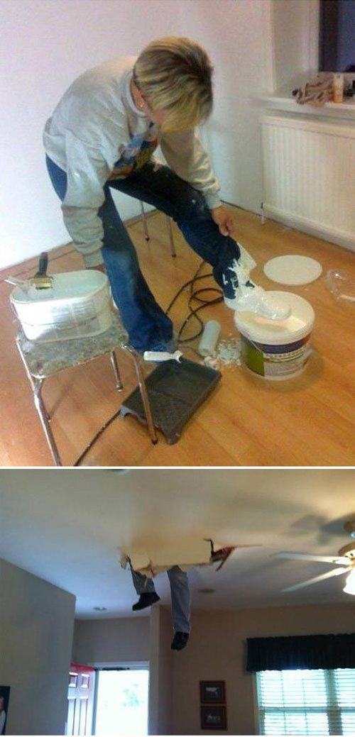 Alguém está tendo dificuldades reformando sua casa.