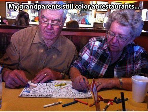 Estes avós, sem dar a mínima:
