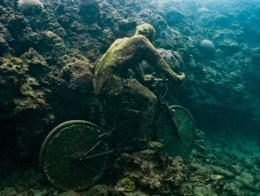O-museu-submerso-mais-incrível-do-mundo-20