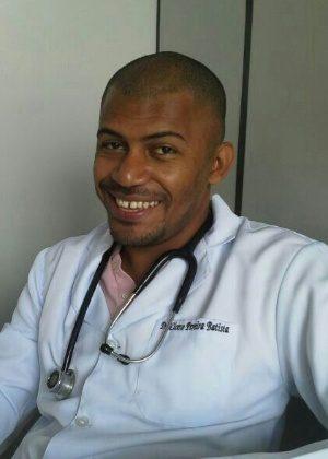 dr-cicero-pereira-batista-1405974417004_300x420