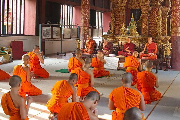 Monges-na-Tailândia1