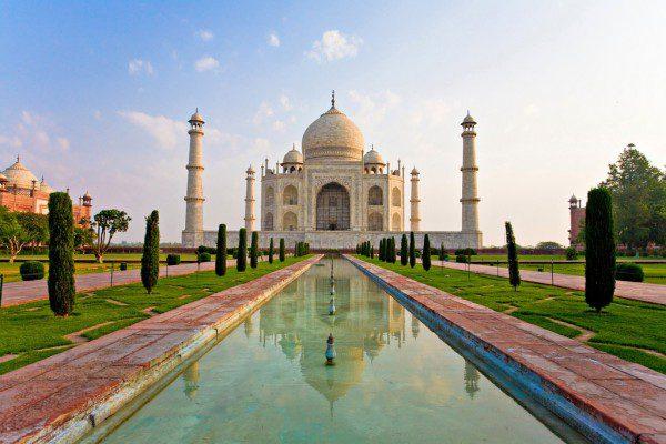 Taj Mahal_flickr.com:photos:nothing3:2678784005