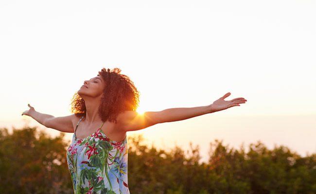 4 hábitos de mulheres altamente confiantes