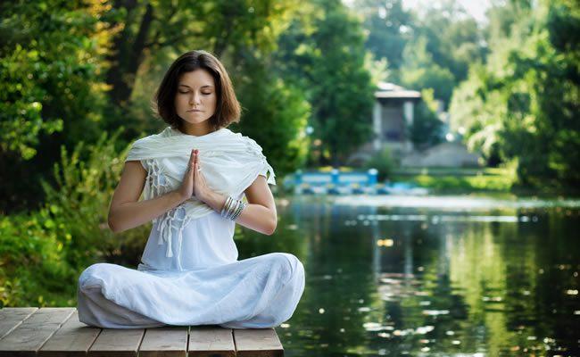 7 mantras para equilibrar seus sete chakras