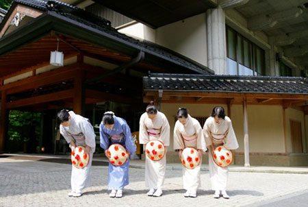 costumes_japoneses_despedida