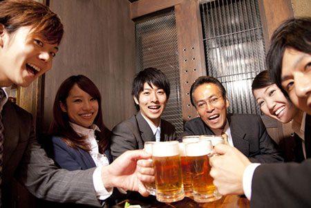 costumes_japoneses_nomikai_bebida