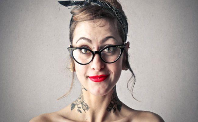 20 coisas que as pessoas com piercings e tatuagens