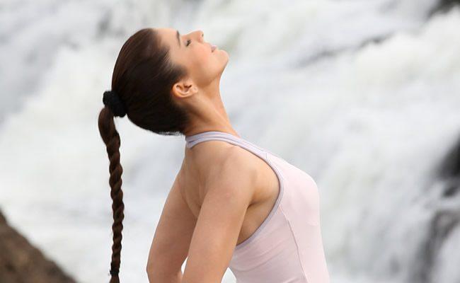 5 exercícios tibetanos que você precisa
