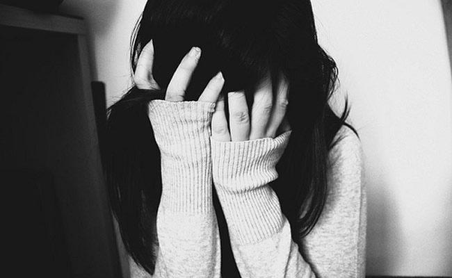 5 sinais de que alguém que você conhece está com depressão