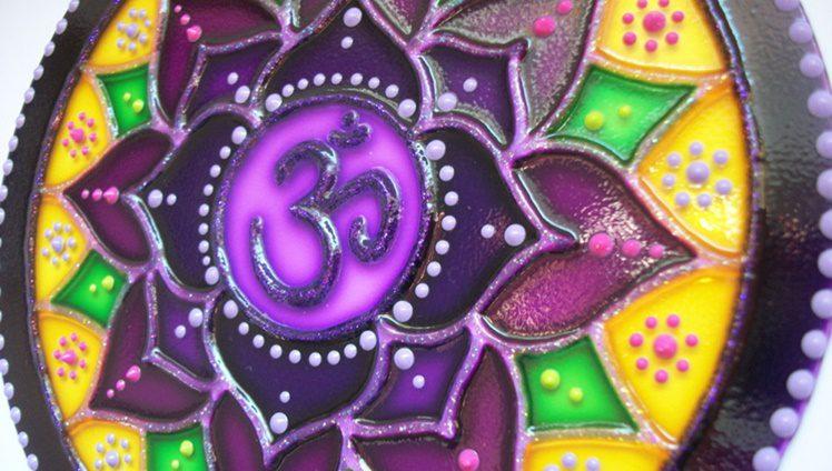 mandala mantra universal om pintura vitral