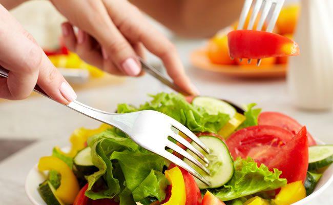 sete alimentos que combatem a