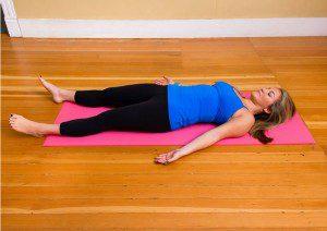 5 poses ioga de relaxamento que você pode fazer6