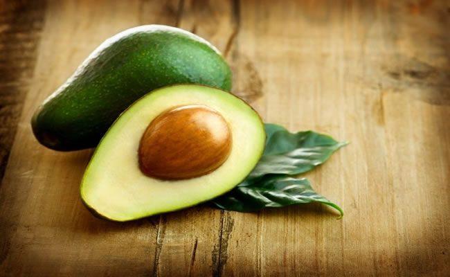 7 benefícios impressionantes do abacate para a saúde