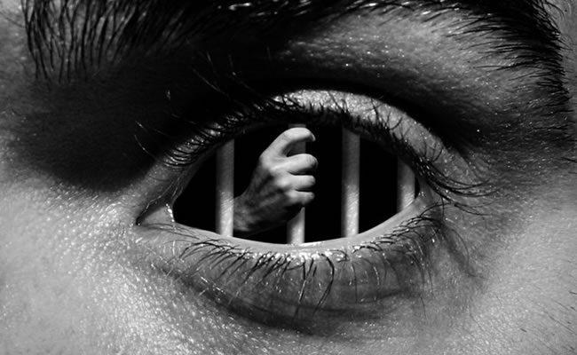 3 emoções que psicopatas e narcisistas usam para