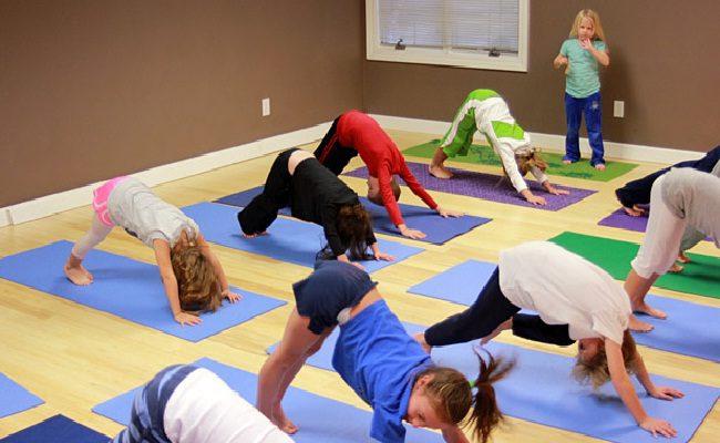 a importância do yoga para crianças