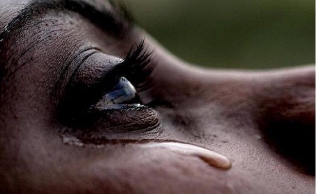 cada lágrima que cai