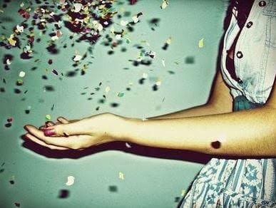 confete-maos