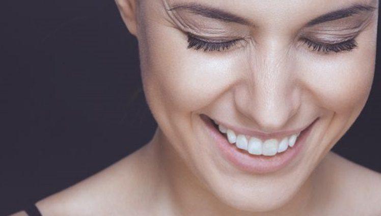 mulher-sorrindo-pele_0