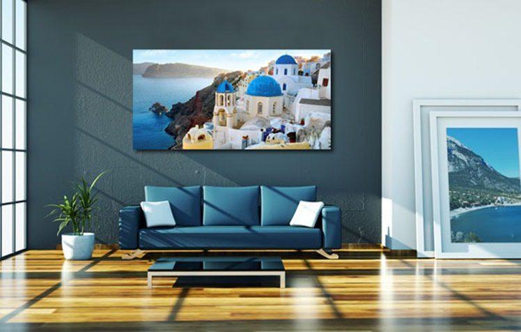 Wohndesign - blaues Sofa im Loft