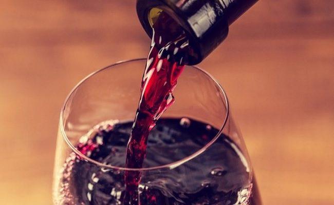 nova pesquisa diz que beber vinho