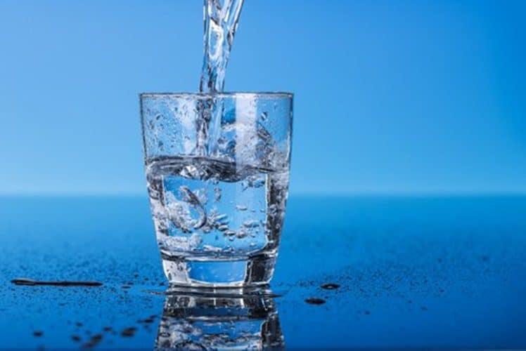 beber-agua-foto-02