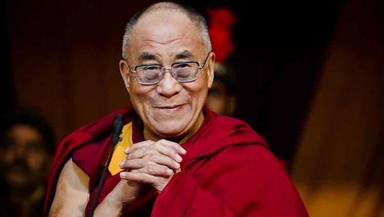 Dalai Lama nos ensinou SEJA VOCÊ A MUDANÇA QUE QUER VER NO MUNDO
