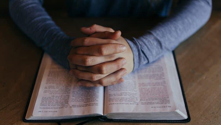Deus sabe o melhor momento de lhe entregar as graças