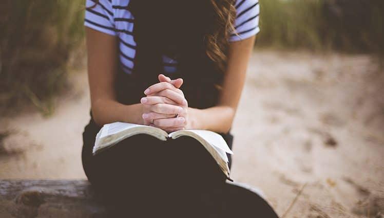 Nem sempre estamos prontos ou sabemos como agir mas Deus nos dá a força necessária para o que parece impossível.