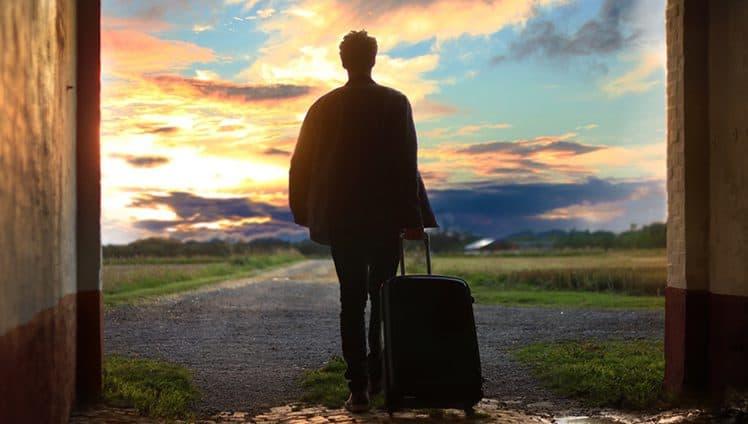 Às vezes só é preciso colocar poucas coisas na mala e seguir.
