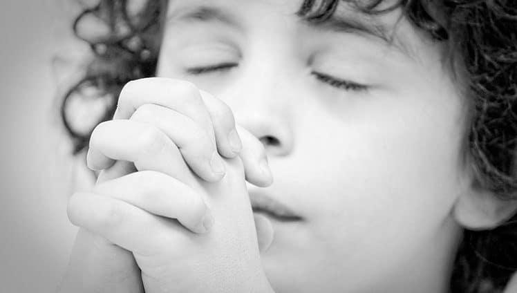 Fé em Deus porque ele é justo. Agradeça por tudo mesmo que o seu tudo seja pouco para você...