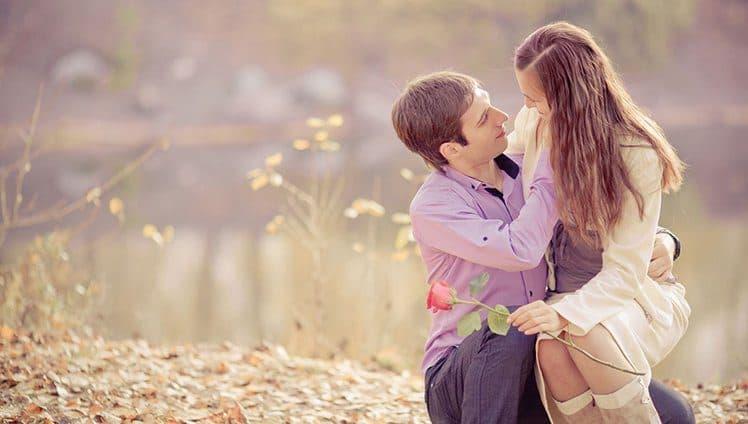Onde quer que tenha amor a solidão não existirá. Um sentimento tão intenso não deixa espaço para o vazio.