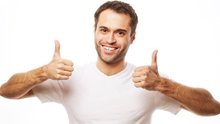 Prefira ser um tolo otimista com expectativas do que um pessimista cheio de razões.