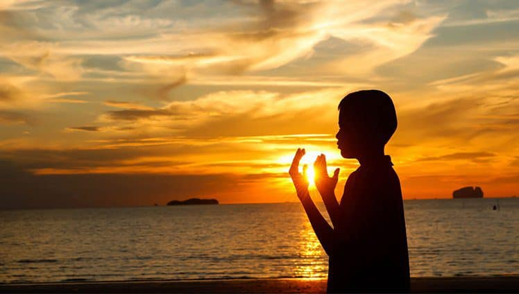 Uma prece feita com amor e gratidão alimenta o espírito e renova a alma