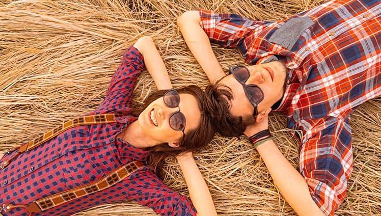 15 Maneiras pouco românticos de saber se alguém te ama