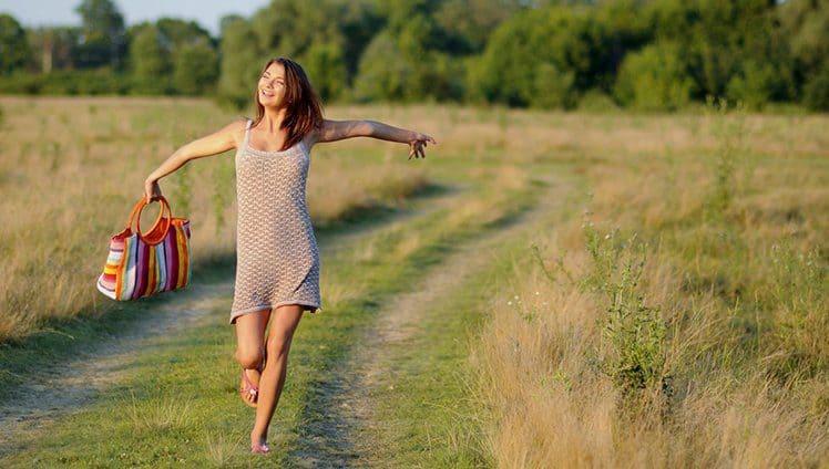 3 Exercícios Simples Para Começar o Dia Com Energia e Foco Ativando o Quarteto Fantástico Responsável Pela Nossa Felicidade