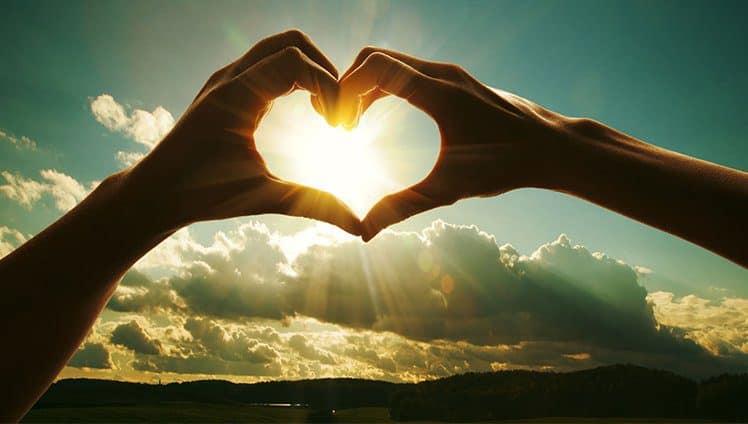 O universo é amor e você é o universo.