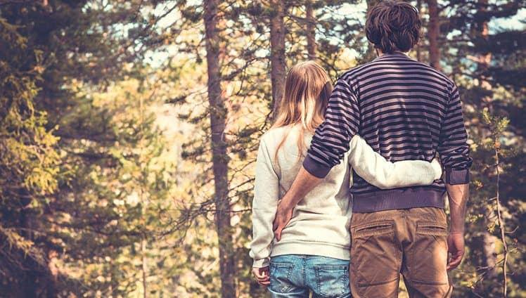 Relacionamento não é cura para a solidão não é fórmula para ser feliz.