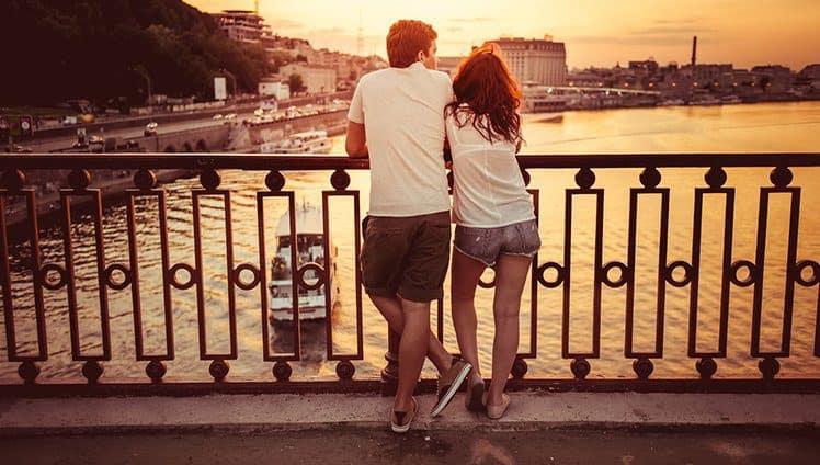 Amor é sobre quem fica quando tudo vai mal...
