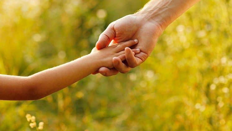 Generosidade ontem hoje e sempre O mundo necessita disso Que tal praticá la