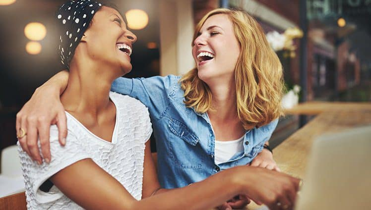 Sempre haverá um sorriso um abraço amigo para nos confortar basta acreditar