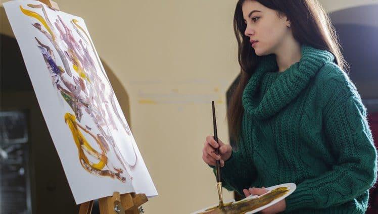 Como vencer a timidez através das artes