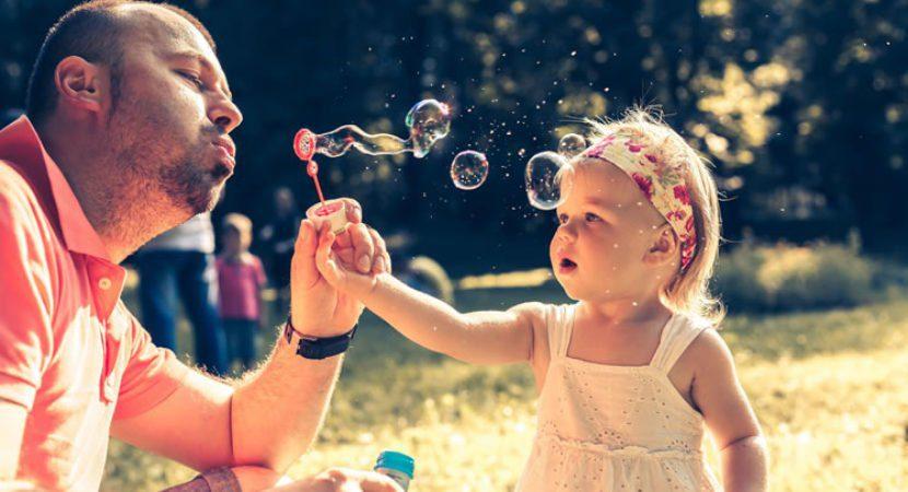 Crianças que crescem com pai/mãe solteiros amam de forma diferente!